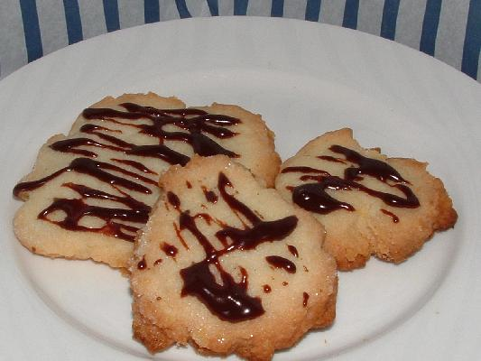 Potato Chip Cookies with Chocolate Drizzle