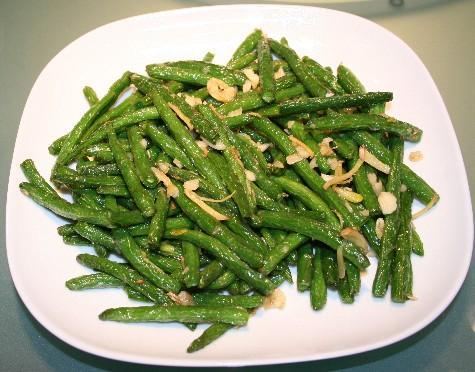 DRY-FRIED STRING BEANS (Chinese style)