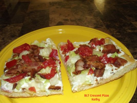BLT Crescent Pizza