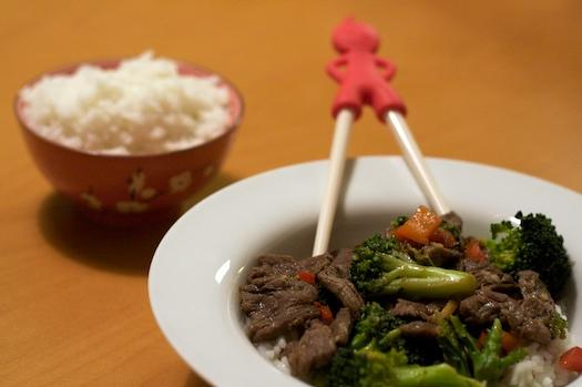 Beef and Broccoli with Oyster Sauce for Two