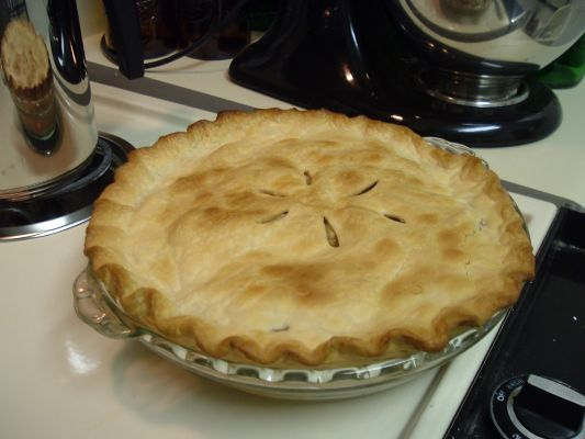 Quentin's Scrumptious Apple Pie, modified from Betty Crocker