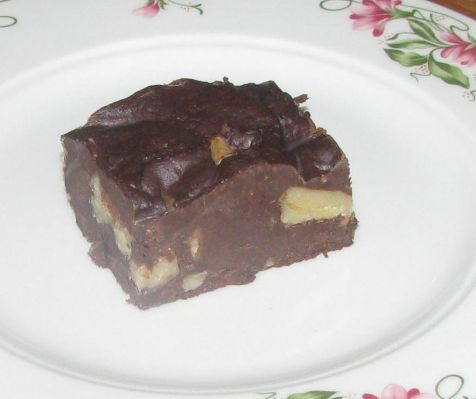15-Minute Chocolate Walnut Fudge