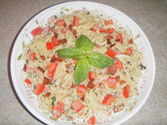 Linguine in a Fresh Tomato, Bacon and Blue Cheese Cream Sauce