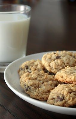 Oat Chocolate Chip Cookies with Walnuts