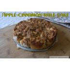 Gluten-free apple-cinnamon-role cake