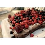 Chocolate and berries torte