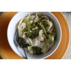 Gen's Vegan Creamy White Pasta Sauce with Broccoli