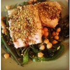 Salmon with a pistachio crumb