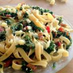 Fettuccine with Bacon and Kale