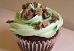 Chocolate Mint Chip Cupcakes