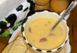 Smoked Sausage Beer Cheese Soup
