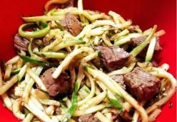 Garlic Butter Steak with Zoodles