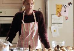 Izzie's Chocolate Cupcakes and Coffee Cream Cheese Frosting Recipe: Grey's Anatomy