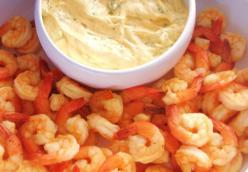 Chilled Shrimp with Mango-Curry Aioli