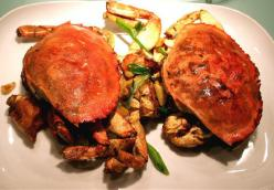 Chili Garlic Dungeness Crab