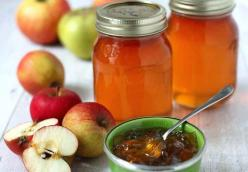 Apple Scrap Jelly