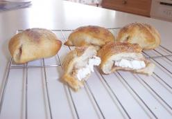 Cinnamon Cream Cheese Puffs