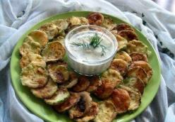 Fried Zucchini with Yogurt Sauce (Kabak Kizartmasi)