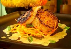 Blackened Scallops With Pasta