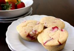Lemon-Ricotta Muffins with Strawberries