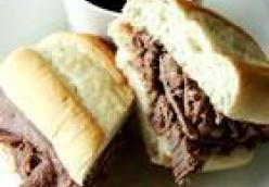 Easy Slow Cooker French Dip (sandwhich)
