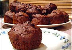 SO EASY Chocolate Pumpkin Muffins