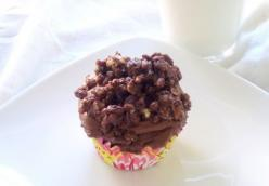 Devil's Food Cupcakes with Hazelnut Crunch