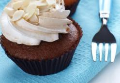 Easy Velvet Almond Buttercream Frosting
