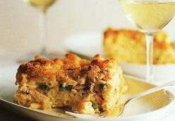 CRAB, PASTA AND CHEESE GRATIN