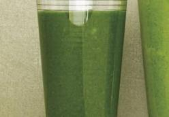 Collard Green Smoothie with Lemon/Lime