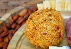Italian Herb & Garlic Cheeseball