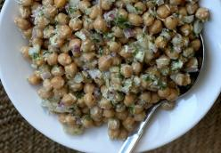 Chickpea Salad with Cilantro and Lime