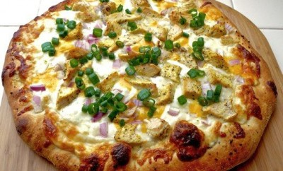 Lemon Pepper Chicken Pizza