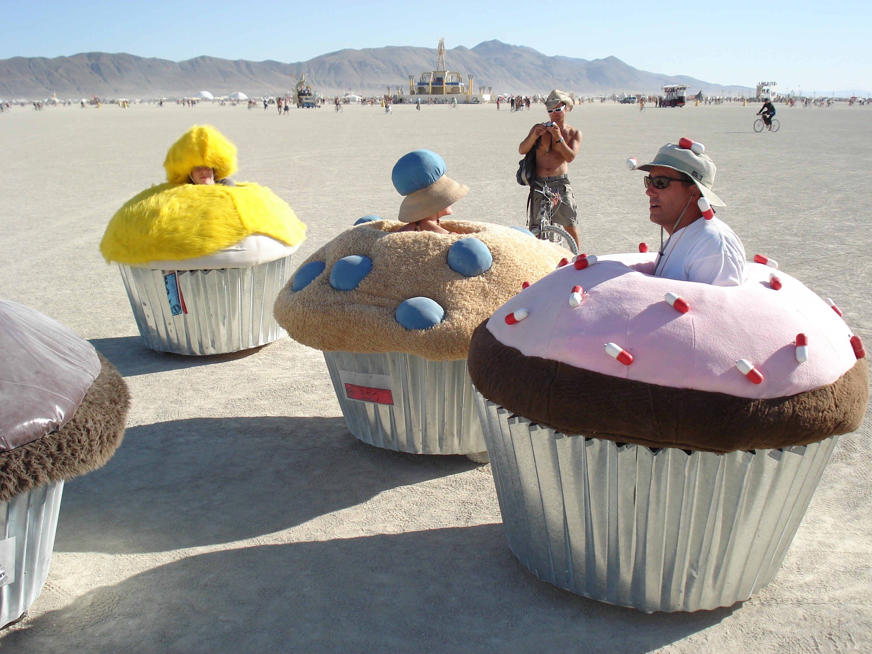 burning man cupcakes