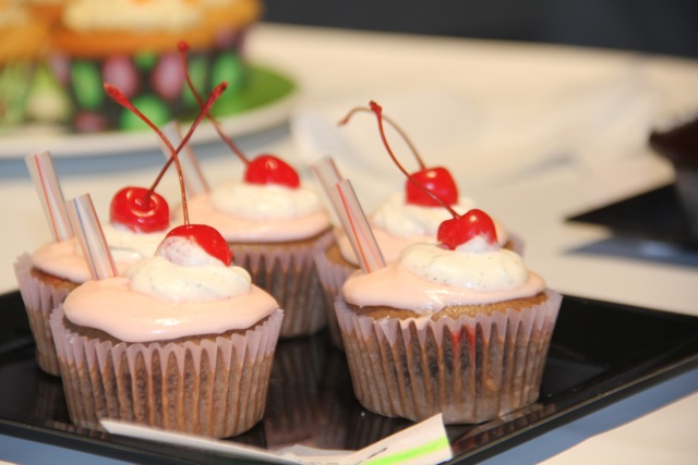 These were a Cherry Cola Cupcake - Found out later that a teenager made these. Adorable!
